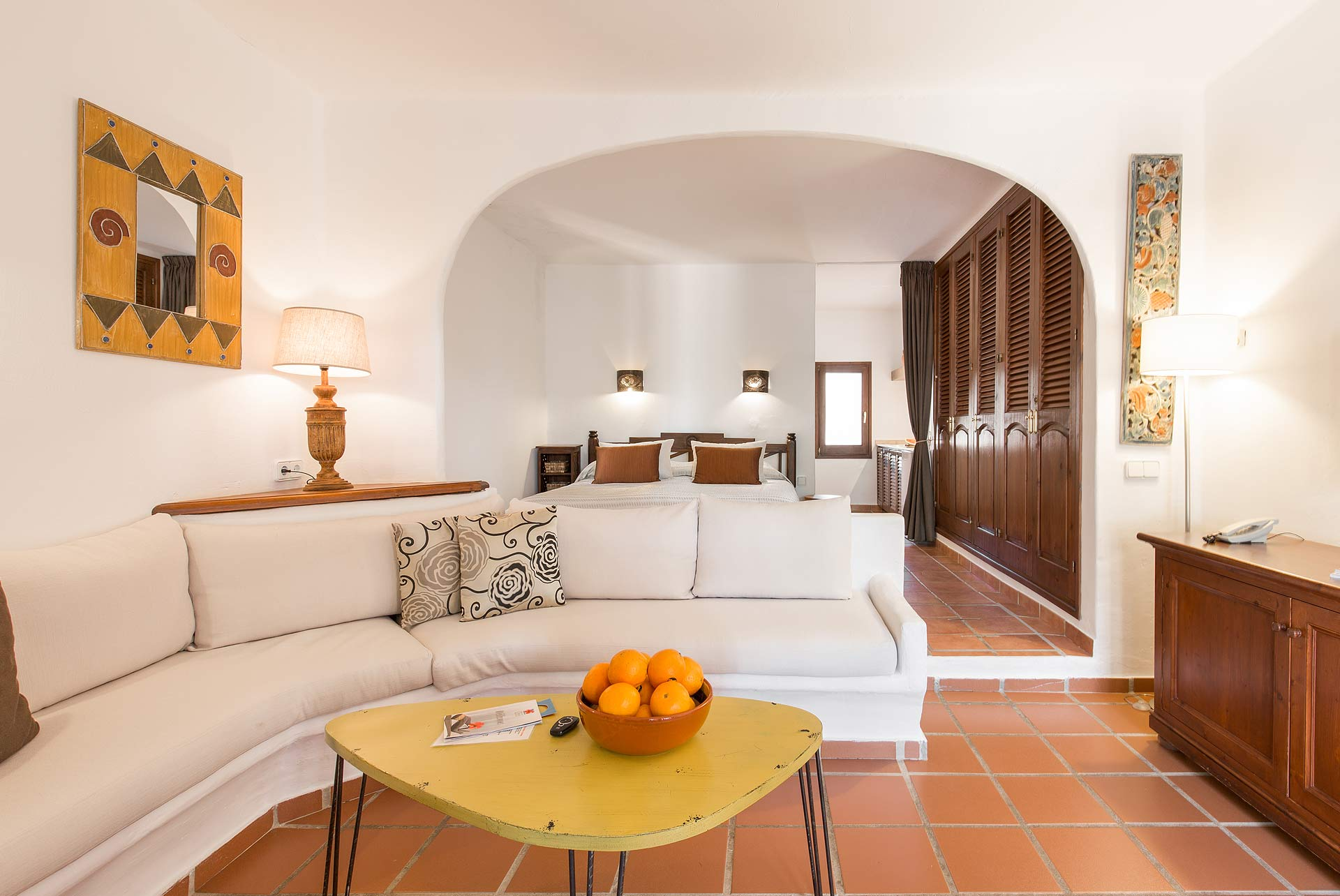 Boutique hotel casa munich ibiza junior suite for Boutique hotel ibiza