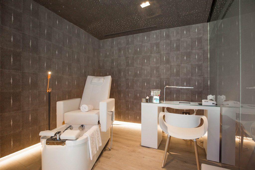 Boutique hotel casa munich ibiza wellness center for Boutique hotel wellness